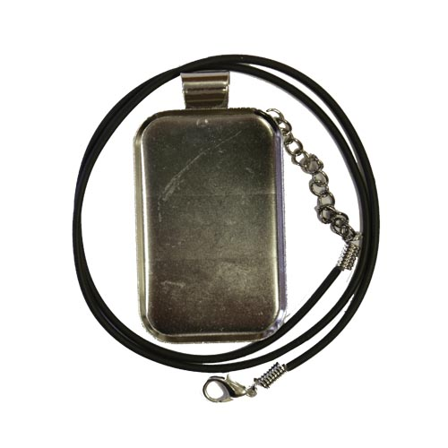 Silver coloured rectangular pendant